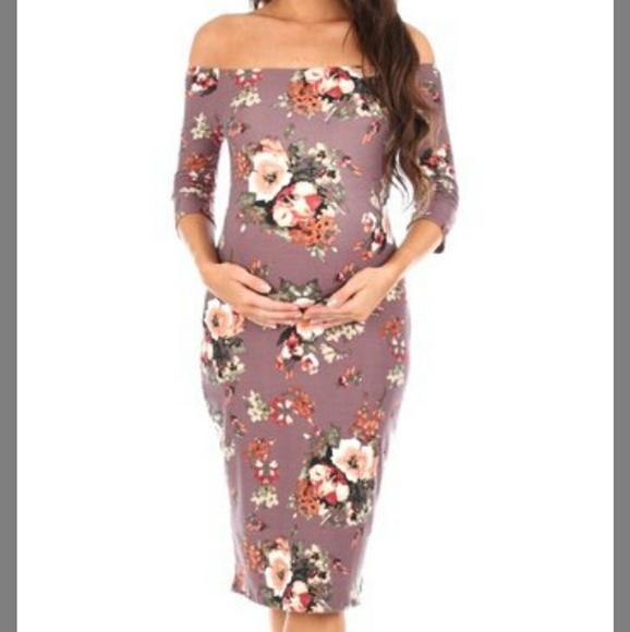64210610ee33 Mother Bee Maternity off-shoulder Dress. M_5a9252588af1c568c587d130
